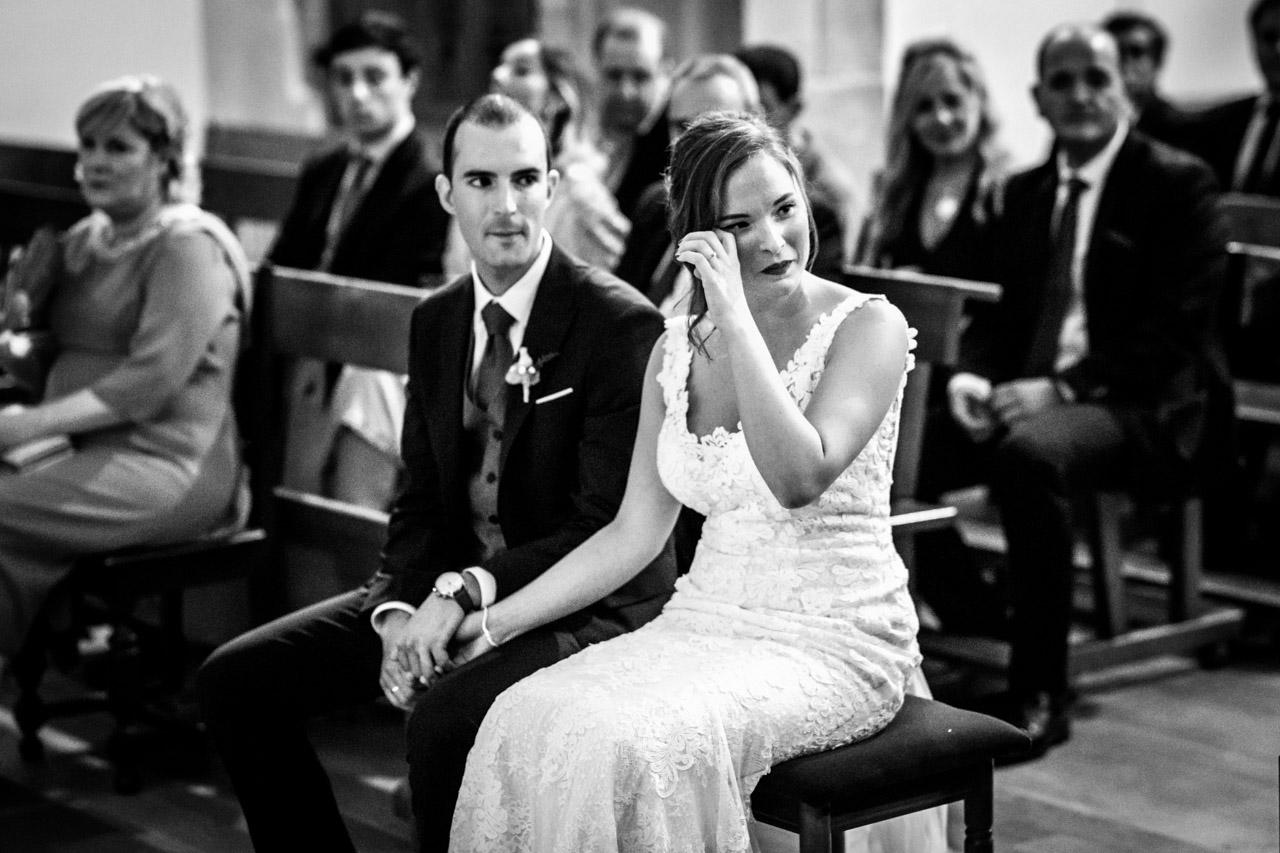 la novia llorando en una boda en guadalupe