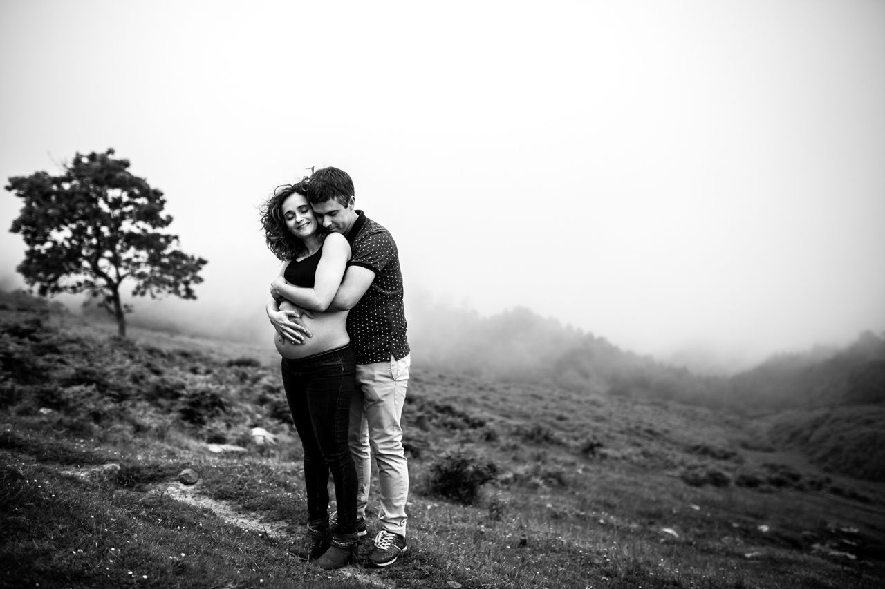 Reportaje de embarazo en Jaizkibel | Fotógrafos de familia en Gipuzkoa